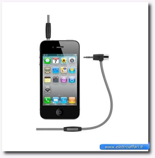Immagine del primo accessorio per iPhone 4S