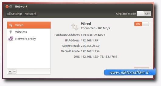 Connettere il PC tramite il cavo LAN