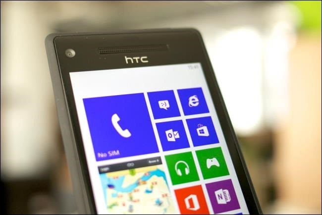 Schermata di Office Mobile su smartphone Windows Phone