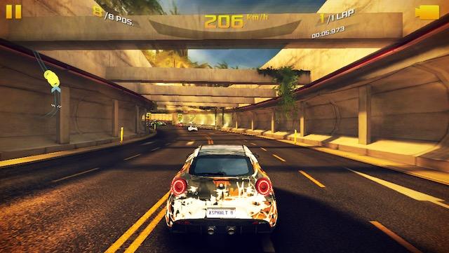 I Migliori 8 Giochi di Auto da Corsa per iPhone