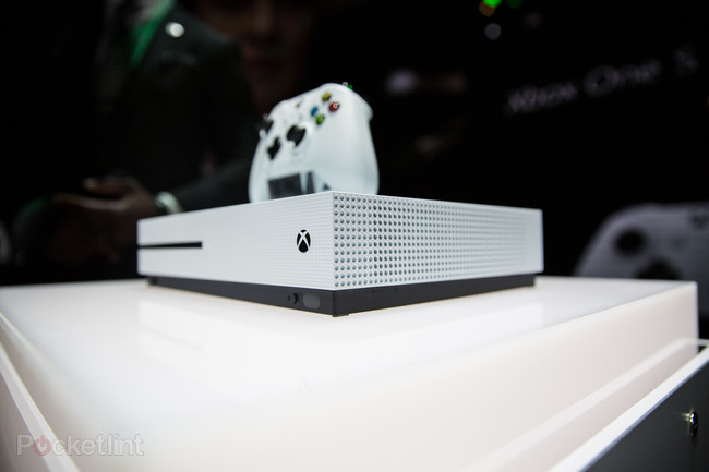 Xbox One S vs Xbox One Confronto e Differenze - Xbox One S